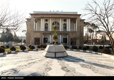 عمارت کلاه فرنگی در دانشگاه دافوس