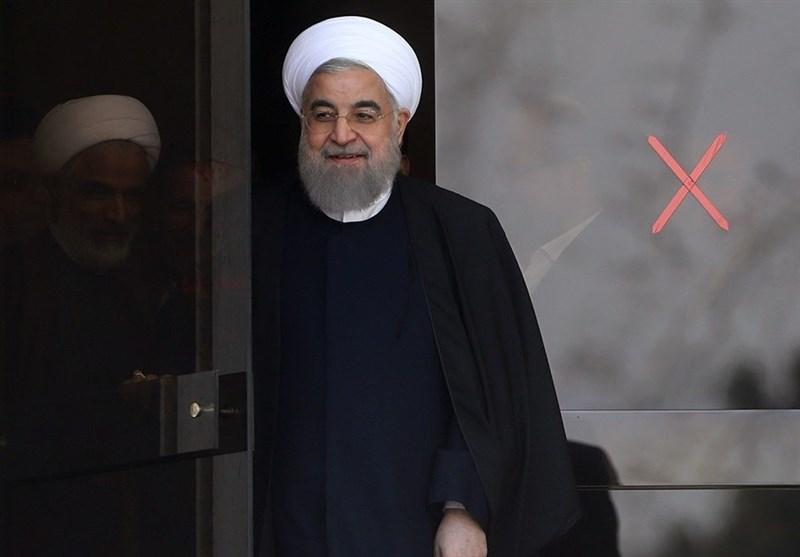راهپیمایی 22 بهمن 97|روحانی در راهپیمایی 22 بهمن حضور یافت +عکس