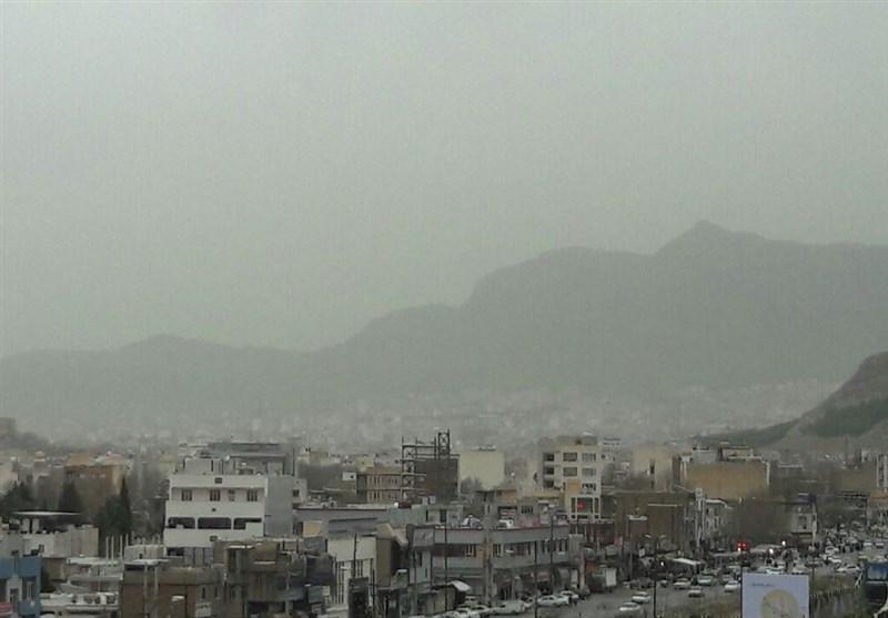 هوای استان لرستان ناسالم است