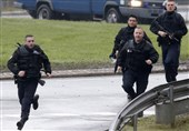 Paris Police Hunt Vehicle as Soldiers Hurt in Levallois-Perret