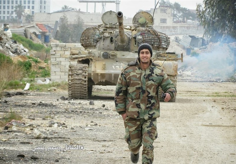 الجیش السوری یقترب من أبرز معاقل داعش شرق حلب + صور