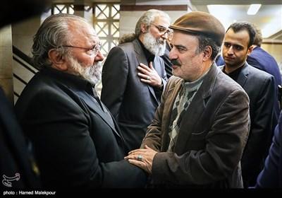 محمدرضا جعفری جلوه مدیر شبکه دو سیما و علی معلم دامغانی پسر عموی زندهیاد علی معلم
