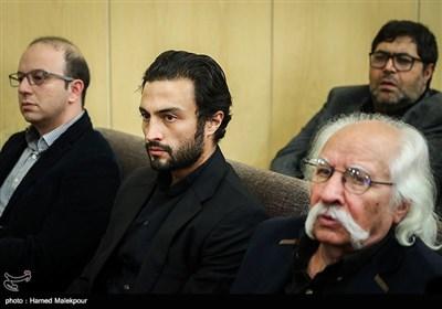 حسین ترابی و امیر جدیدی در مراسم یادبود زندهیاد علی معلم