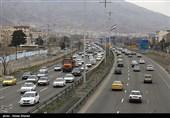 تردد در تمام محورهای فارس روان است؛ بارش باران در 16 محور فارس