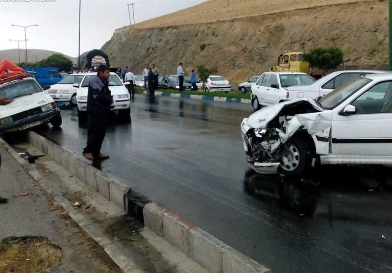 برخورد بیش از 30 خودرو در 2 تصادف زنجیرهای امروز
