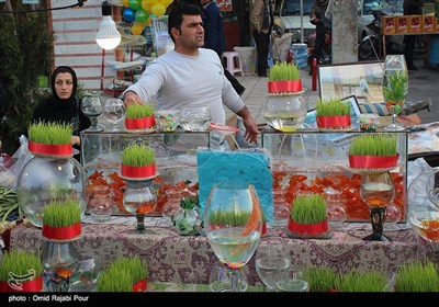 بازار محلی گیلان در نخستین روز سال