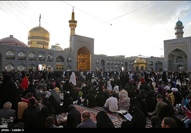 عالم اسلام کے معنوی اور ثقافتی دارالحکومت میں جشن ولادت امام رضا علیہ السلام کی تیاریاں عروج پر