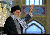 مشهد|حضور امام خامنهای در جایگاه سخنرانی حرم رضوی؛ آغاز سخنرانی از لحظاتی دیگر