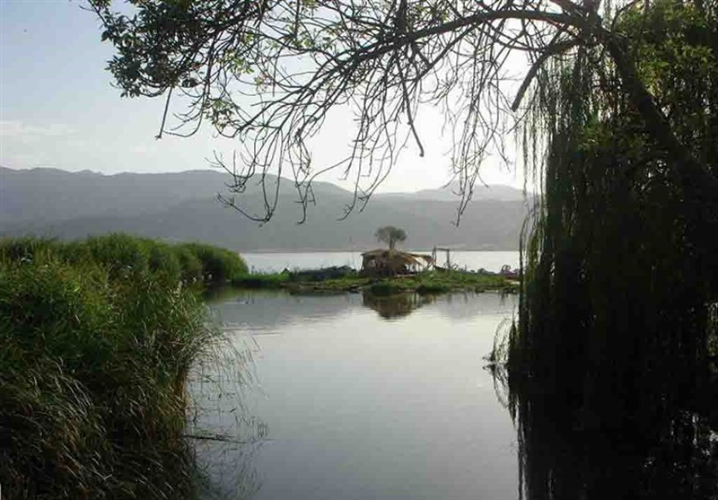 Zrebar Lake: One of The Most Elegant Places West of Iran