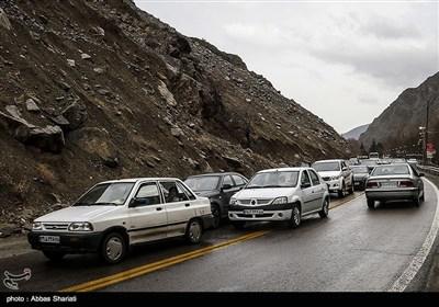 850 هزار خودرو در جادههای استان اصفهان تردد کردند/ احتمال بارش برف در محورهای غرب استان