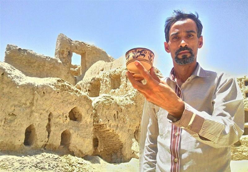هنرمندی با 30 رکورد گینس و 2000 اثر شاخص در سیستان و بلوچستان/ میخواهم مهماننوازی مردم استان را ثبت جهانی کنم