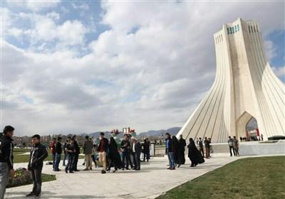 برج آزادی بهاری شد