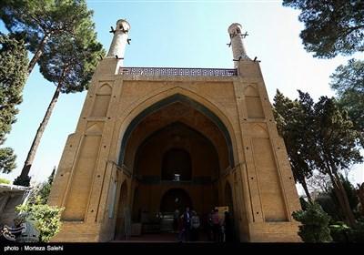 مبنى منار جنبان التاریخی فی اصفهان