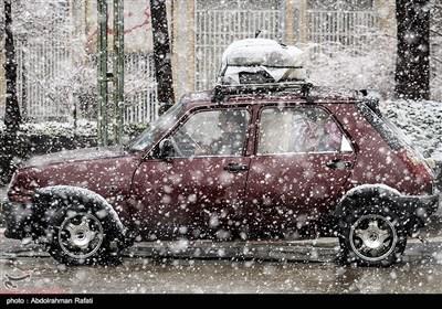 ایران کے شہر ہمدان میں نئے سال کی پہلی برفباری