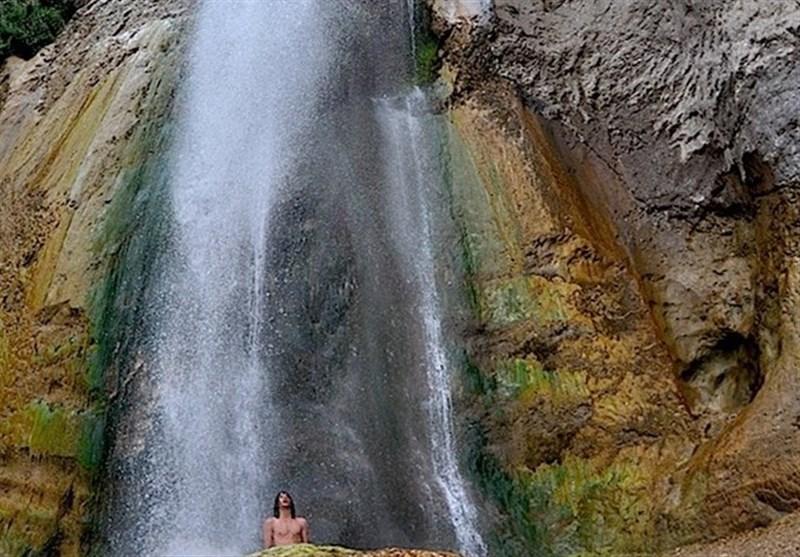 آبشار شاهاندشت مازندران دومین آبشار بلند ایران/ دلنواز گردشگران نوروزی+تصاویر