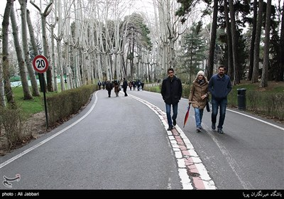 التجول في أرجاء ايران