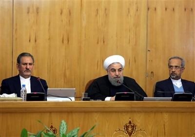 روحانی: الأمریکیون مستمرون بإرسال الرسائل للتفاوض مع ایران