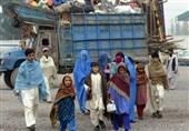 پاکستان سے افغان مہاجرین کی رضاکارانہ واپسی کا عمل معطل کرنے کا فیصلہ