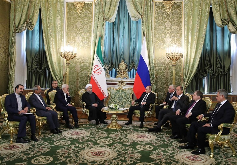 Iran, Russia Ink 14 Agreements to Enhance Ties