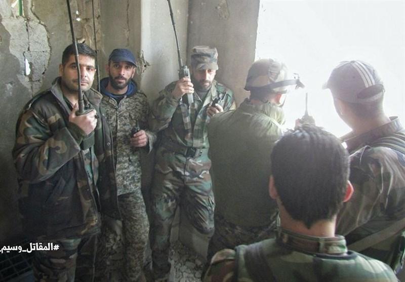 """الجیش السوری یتقدم داخل حی""""القابون"""" ویواصل استعادة مواقعه بریف حماه الشمالی"""