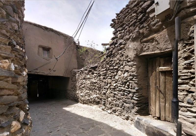 نمایی واقعی از روستای «چشمه قلقل» در فیلم «علیالبدل» +عکس