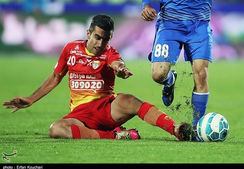 Panionios Interested in Signing Iran's Abdollahzadeh