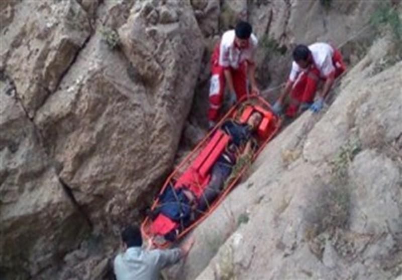 2 کوهنورد خرمآبادی از مرگ حتمی نجات یافتند