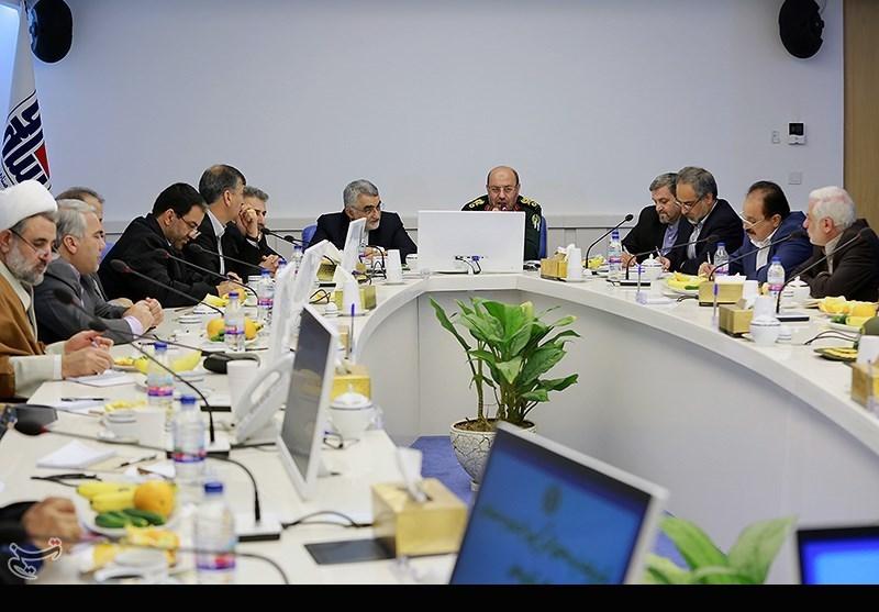 نشست اعضا کمیسیون امنیت ملی مجلس با وزیر دفاع