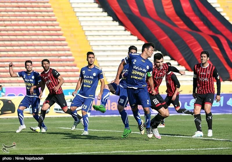 نیمه نخست بازی استقلال خوزستان و سایپا بدون گل پایان یافت
