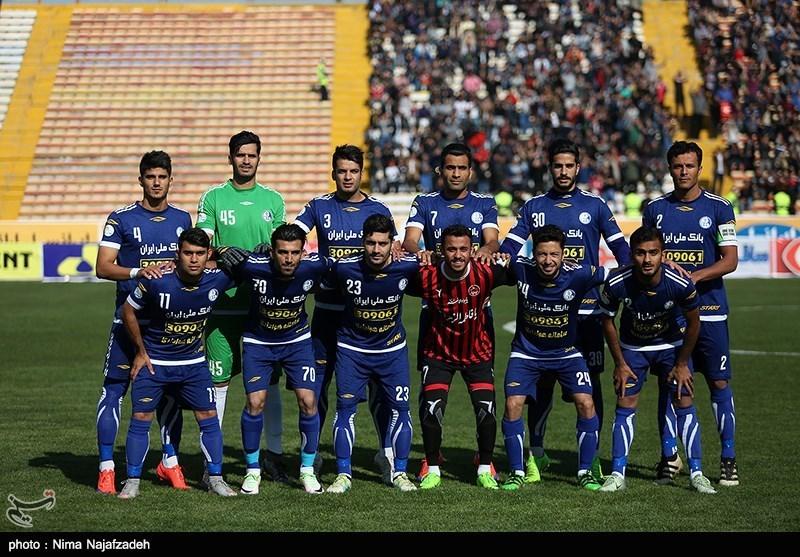 دیدار فوتبال تیم های سیاه جامگان و استقلال خوزستان