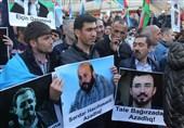 حضور چشمگیر اسلامگرایان در تجمع معترضان در جمهوری آذربایجان + تصاویر
