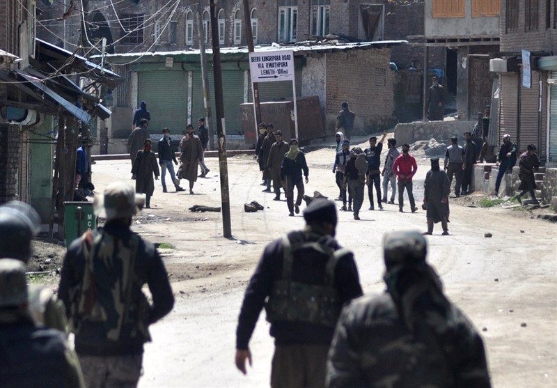 بھارتی فورسز کی فائرنگ سے 8 کشمیری شہید