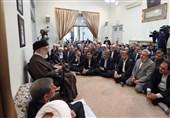 الامام الخامنئی یحذر من المؤامرات الخبیثة للاعداء للقضاء على نظام الجمهوریة الاسلامیة