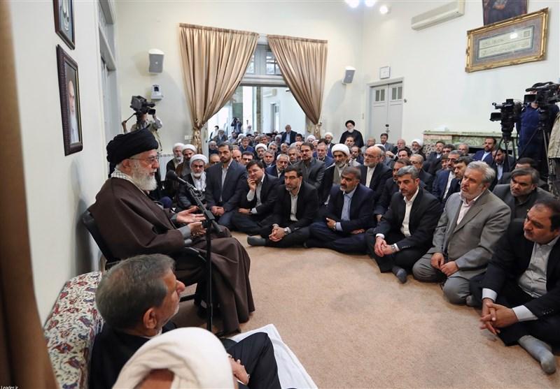 Düşman, İslam Nizamını Çökertmek Veya Mahiyetini Değiştirmeye Çalışıyor