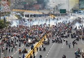 200,000 Protesters March against Venezuela President Maduro