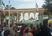 """پیکر مطهر شهید """" وحید اصلانی"""" در کرمان تشییع شد+تصاویر"""