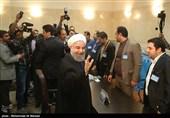 روحانی یسجل طلب ترشیحه للانتخابات الرئاسیة