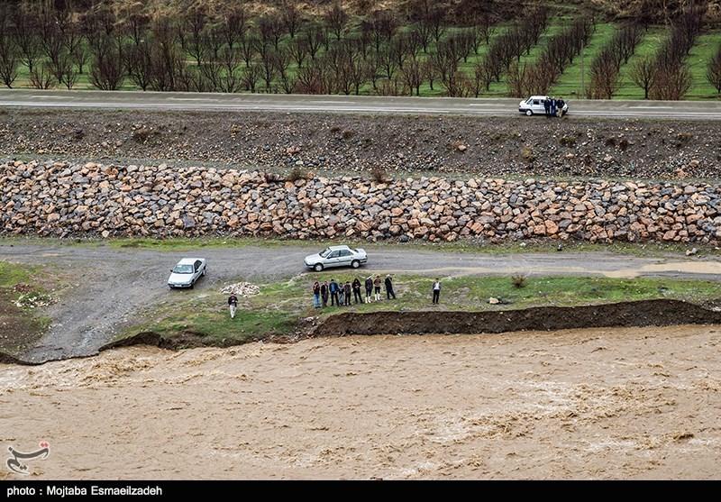 جاری شدن سیلاب در ارومیه