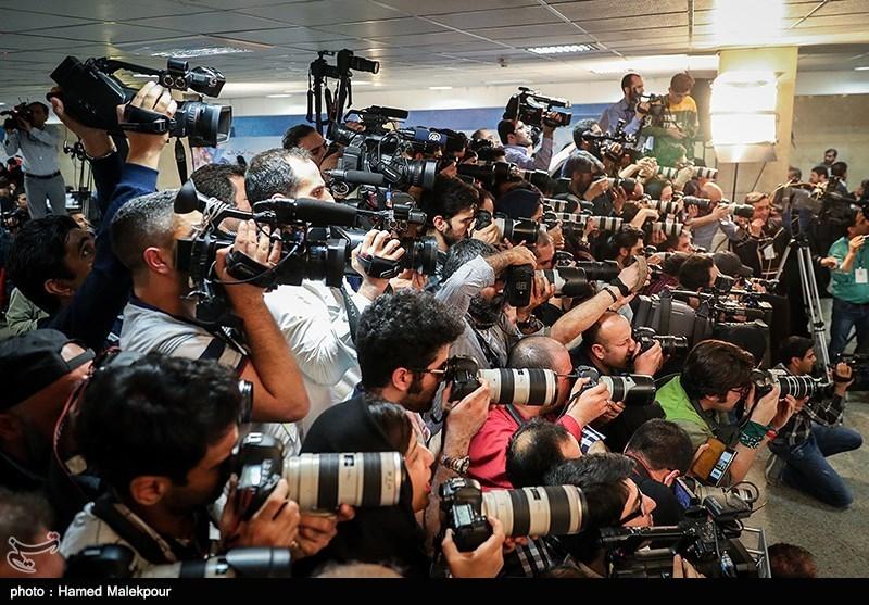 تصاویر ثبت نام حسن روحانی برای انتخابات