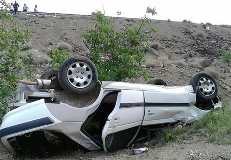 واژگونی خودرو در محور بروجرد - اراک یک کشته و 4 مجروح برجای گذاشت
