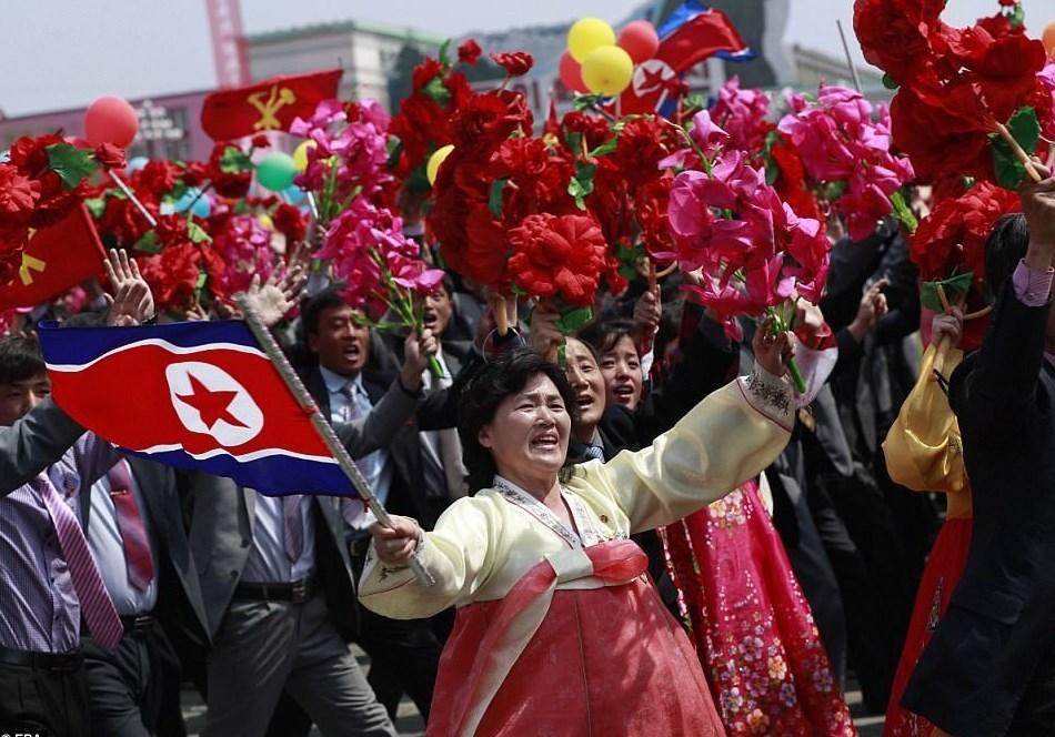 تصاویر مراسم روز خورشید در کره شمالی