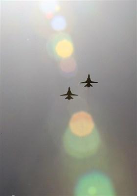 تماشای جنگنده های ارتش