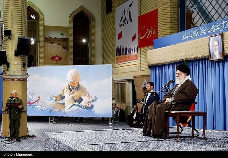 مسلح افواج کے کمانڈروں اور اہلکاروں کی امام خامنہ ای سے ملاقات