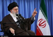 Leader Warns against Relenting in Face of Enemy's Policy of Intimidation