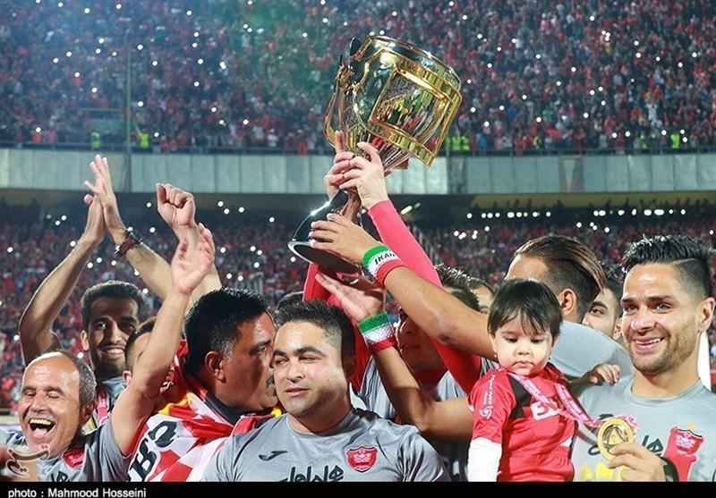جشن قهرمانی پرسپولیس با حضور «بچهها» برگزار شد/ شاگردان برانکو با «هانی» جام را بالای سر بردند