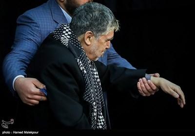 حاج اصغر زنجانی در مراسم ختم والده برادران طاهری مادحین اهل بیت(ع)
