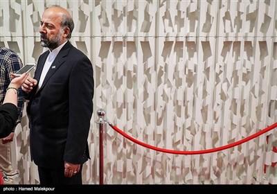 حضور محمدمهدی حیدریان رئیس سازمان سینمایی در اولین روز سی و پنجمین جشنواره جهانی فیلم فجر - پردیس سینمایی چارسو