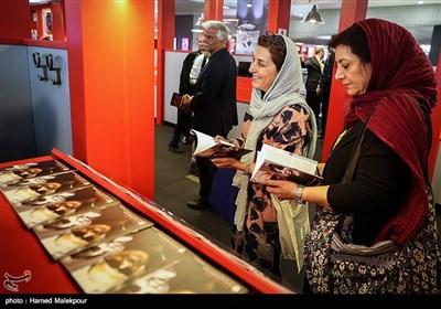 فاطمه معتمد آریا در اولین روز سی و پنجمین جشنواره جهانی فیلم فجر - پردیس سینمایی چارسو
