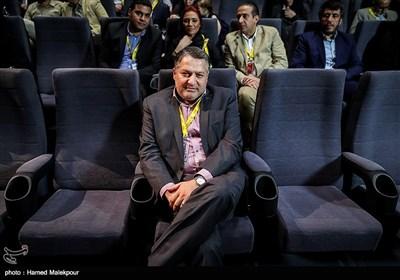 علیرضا تابش مدیرعامل بنیاد سینمایی فارابی در مراسم آغاز به کار بخش «زیتونهای زخمی» سی و پنجمین جشنواره جهانی فیلم فجر