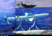 تحویل دهی انبوه موشک کروز دریایی نصیر به نیروی دریایی سپاه توسط وزارت دفاع